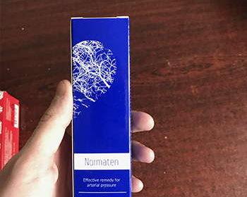 Упаковка Норматена в руках